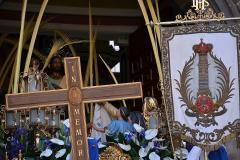 Antiguo guión, Cruz in Memoriam y Paso titular en San Cayetano.  Autora: Eugenia Aragonés.