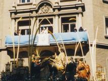 Predicación desde el balcón del Colegio de San Vicente de Paúl.